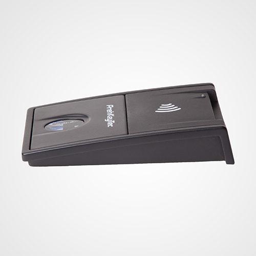 ML 4 – Lecteur 4 en 1 – Lecteur d'empreinte, lecteur RFID/NFC et lecteur de carte à puce (lecture / écriture)